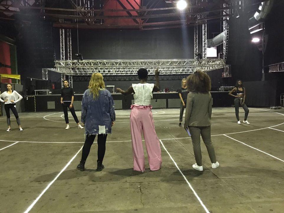 Backstage_Tag1_9