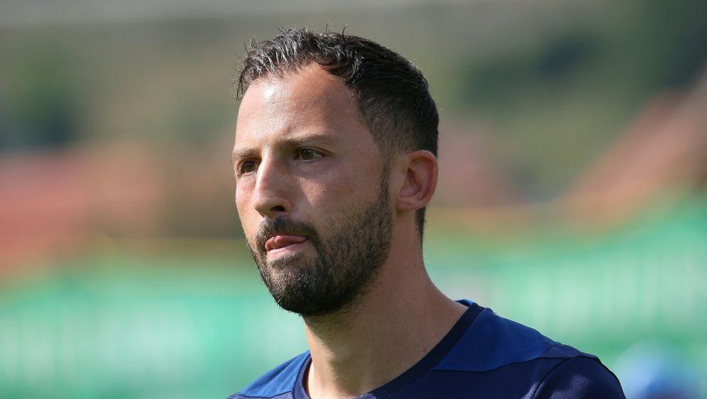 Schalke 04: Domenico Tedesco bleibt Trainer bis 2022 - Bildquelle: FIROFIROSID