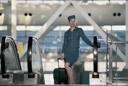 Flight Girls - Landei Donna (Gwyneth Paltrow) möchte als Flugbegleiterin Karr...