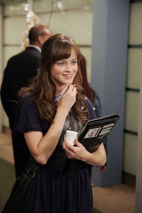 Rory (Alexis Bledel) findet bei einer Kunstausstellung schnell neue Freundinnen. Diese sind allerdings weitaus exzentrischer als sie ... - Bildquelle: Warner Brothers