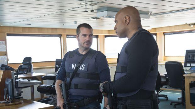 Das Team beginnt die Ermittlungen, nachdem einige tote Seeleute auf See gebor...