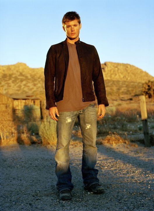 (1. Staffel) - Gemeinsam mit seinem Bruder Sam reist Dean (Jensen Ackles) durch die USA, um mysteriösen Ereignissen auf die Spur zu kommen und ihren... - Bildquelle: Warner Bros. Television