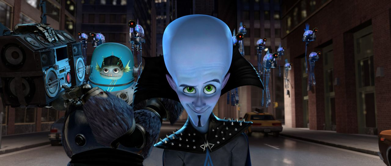 Mit seinem Komplizen Minion (l.) bringt Megamind (r.) Mega City in seine Gewalt, aber so ganz ohne Gegenspieler fallen beide in ein Loch aus Langerw... - Bildquelle: MEGAMIND TM &   2012 DreamWorks Animation LLC. All Rights Reserved.