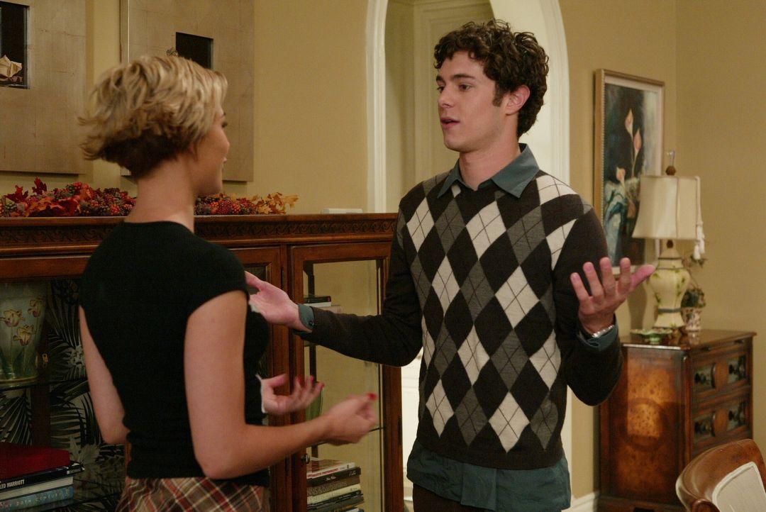 Nach all den Heimlichkeiten ist Seth (Adam Brody, r.) Anna (Samaire Armstrong, l.) eine Erklärung schuldig ... - Bildquelle: Warner Bros. Television