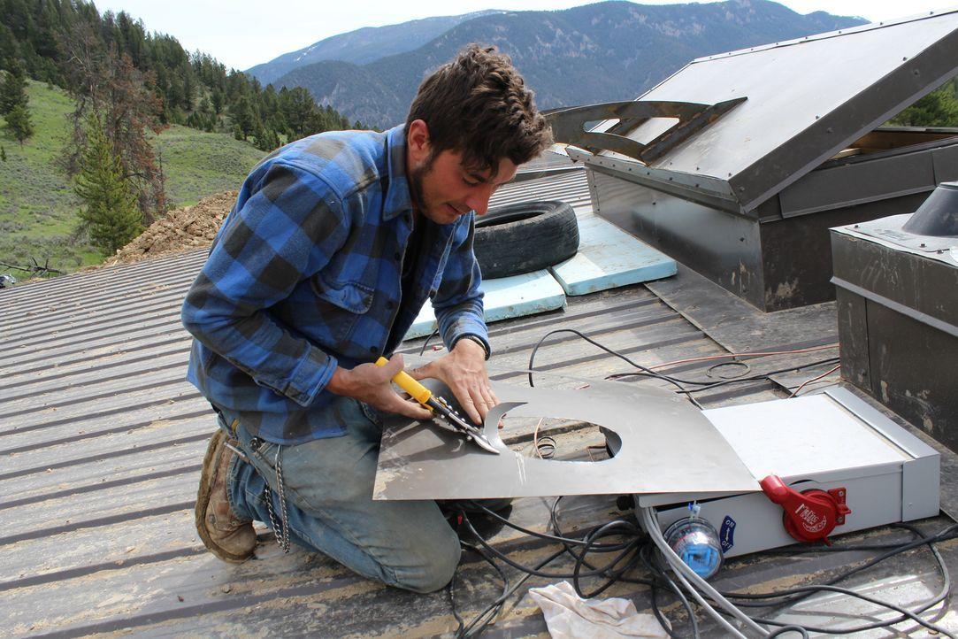 Werden Reynolds und sein Team (Foto) es schaffen, das Haus innerhalb von vier Wochen für Jeff Saad fertigzubauen? - Bildquelle: 2013, HGTV/Scripps Networks, LLC. All Rights Reserved.