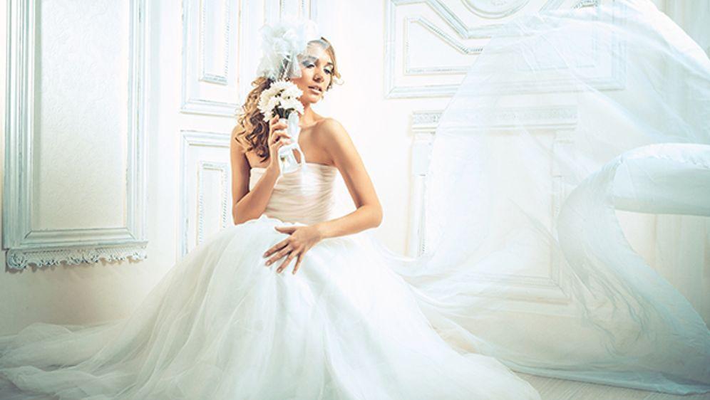 Wie machen Bräute im Hochzeitskleid Pipi? | SAT.1 Ratgeber