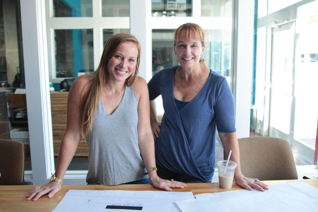 Aus der alten, ekligen Bruchbude hoffen Mina (l.) und Karen (r.), eine attraktive Immobilie zu schaffen, die sich gut weiterverkaufen lässt. - Bildquelle: 2017,HGTV/Scripps Networks, LLC. All Rights Reserved