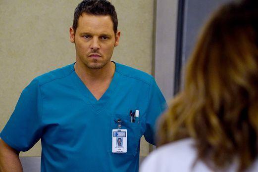 Grey's Anatomy - Auf dem Arbeitsweg werden Meredith, Maggie und Alex (Justin...