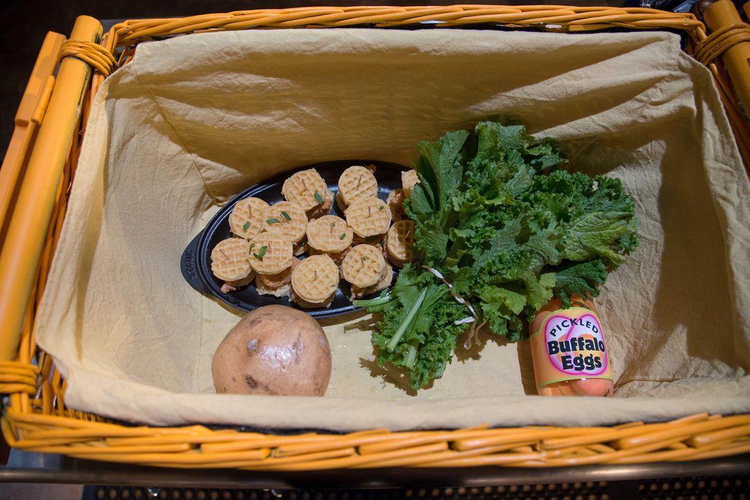Lachsfilet und Senfblätter - Bildquelle: Susan Magnano 2016,Television Food Network, G.P. All Rights Reserved/Susan Magnano