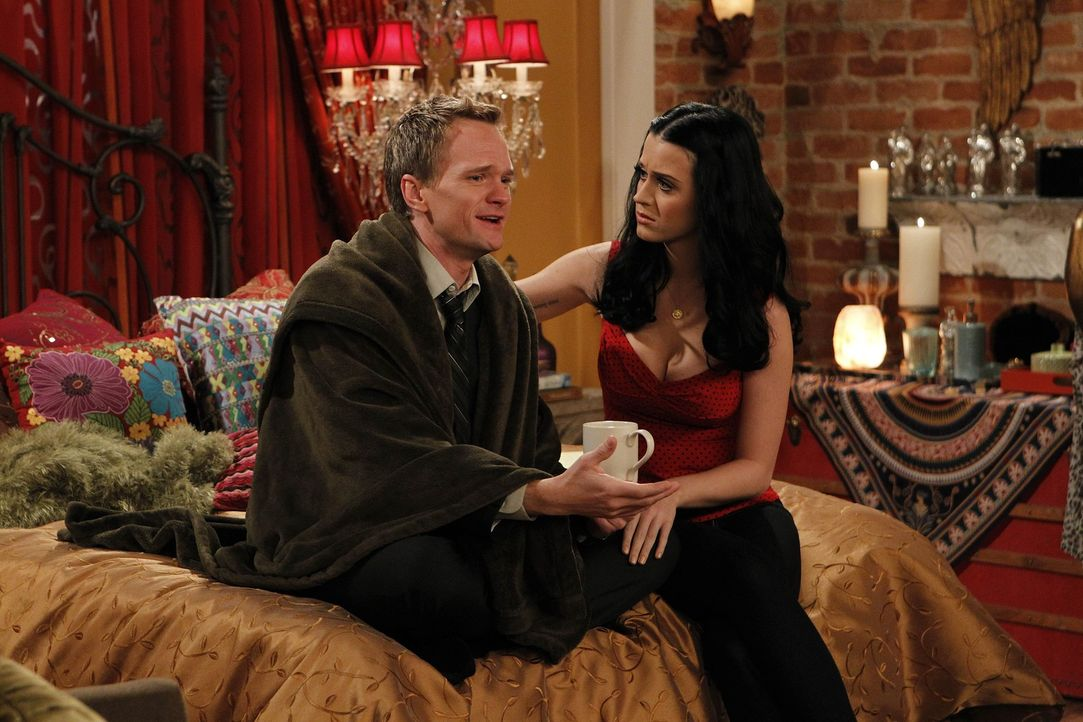 Lernen sich näher kennen: Barney (Neil Patrick Harris, l.) und Honey (Katy Perry, r.) ... - Bildquelle: 20th Century Fox International Television