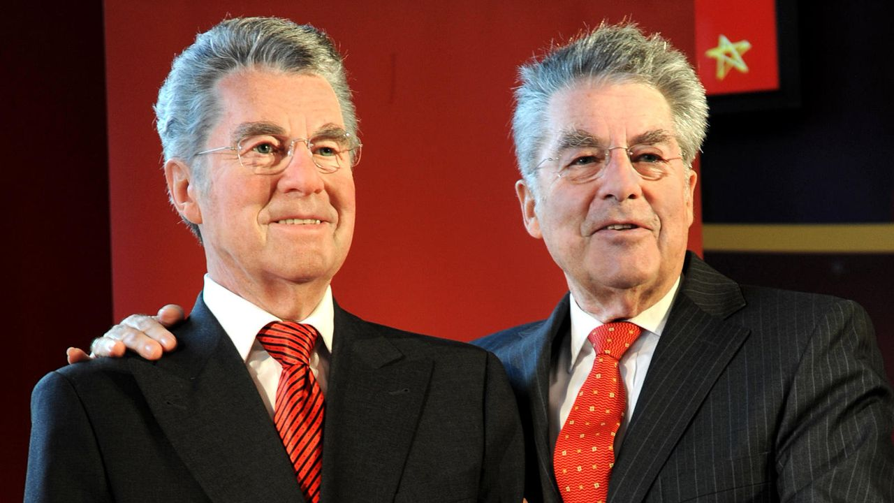 Stars in Wachs - Bildquelle: AFP