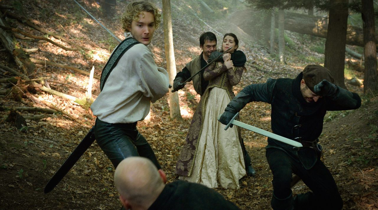 Reign_Season3Episode5_1 - Bildquelle: 2015 The CW Network. All Rights Reserved.