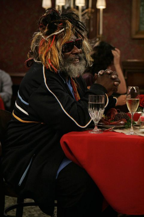 Ist von Lily sehr angetan: Funk-Legende George Clinton (George Clinton) ... - Bildquelle: 20th Century Fox International Television
