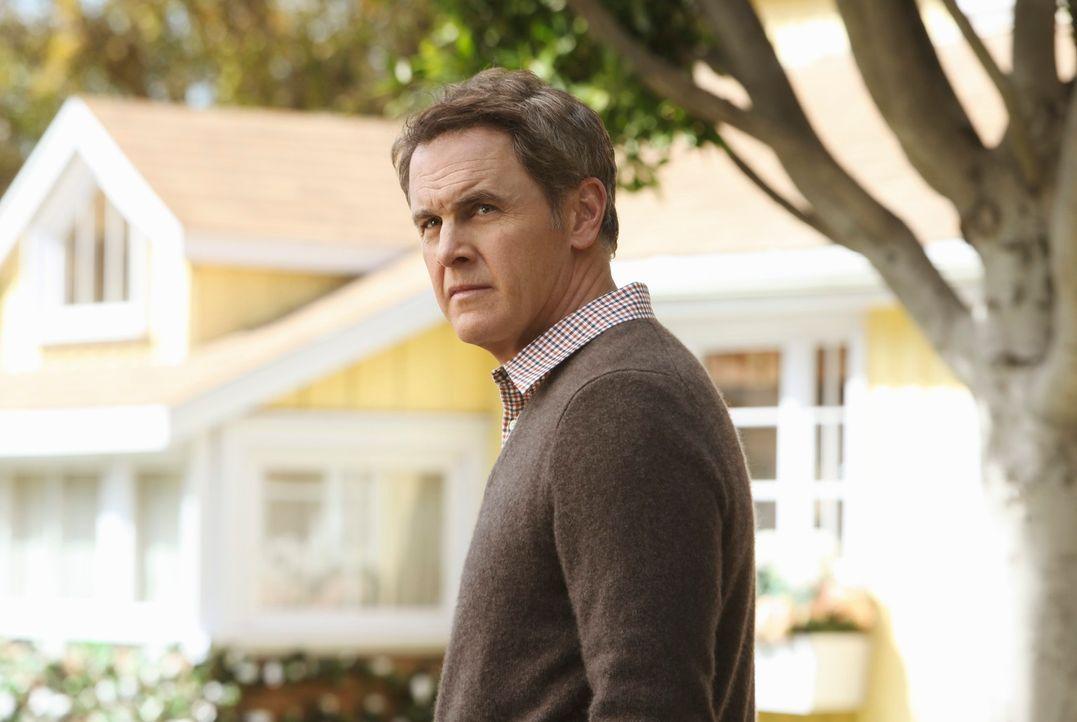 Ist ihm wirklich zu trauen? Paul (Mark Moses) ... - Bildquelle: ABC Studios