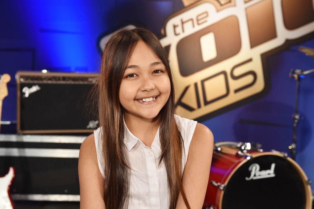 The-Voice-Kids-Stf04-Epi03-Theresa-01-SAT1-Andre-Kowalski - Bildquelle: SAT.1/ André Kowalski