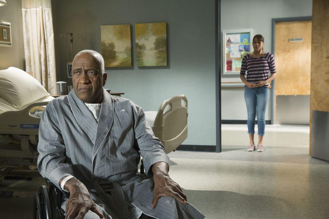 Um Kenneth (Willie C. Carpenter, l.) zu helfen, bringt sich Rosie (Dania Ramirez, r.) in große Gefahr ... - Bildquelle: 2014 ABC Studios