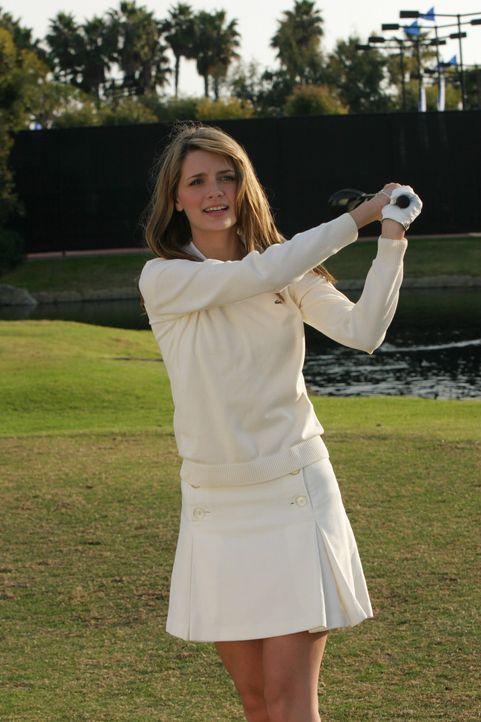 Marissa (Mischa Barton) genießt das Wochenende in vollen Zügen ... - Bildquelle: Warner Bros. Television