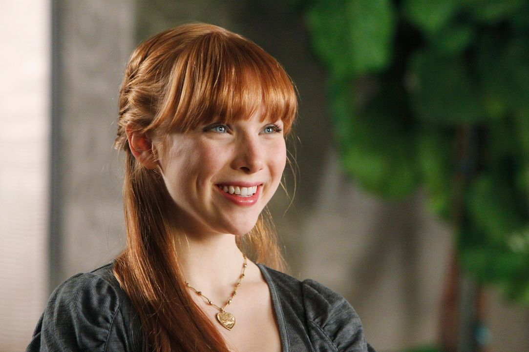 Mit großer Begeisterung erzählt Alexis Castle (Molly C. Quinn) von ihrem neuen Freund. - Bildquelle: 2010 American Broadcasting Companies, Inc. All rights reserved.
