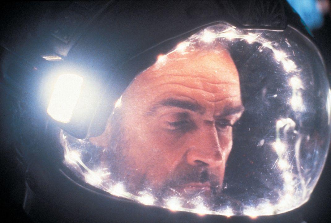 O'Niel (Sean Connery) - Bildquelle: 1981 Warner Bros. Entertainment Inc. All rights reserved.