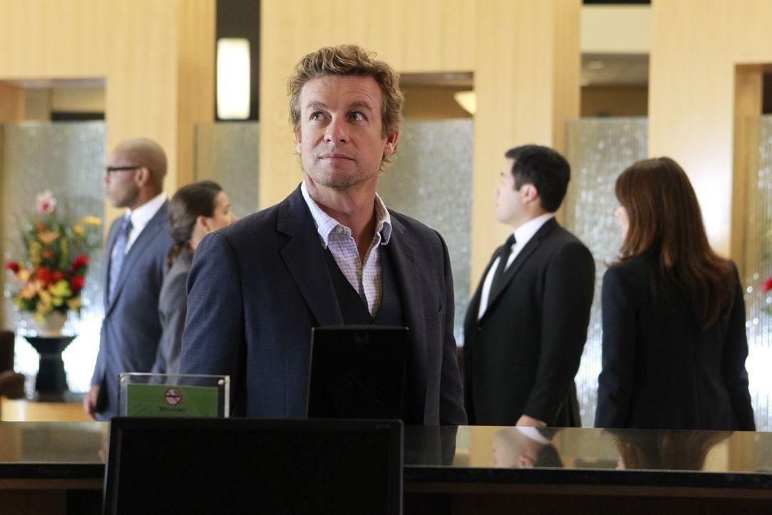 Ein neuer Fall wartet auf Jane (Simon Baker) und seine Kollegen ... - Bildquelle: Warner Bros. Television