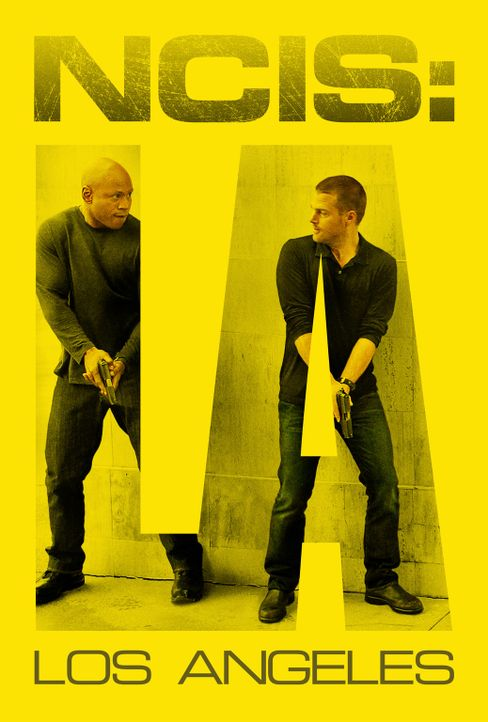 (6. Staffel) - Navy CIS: L.A.: Special Agent G. Callen (Chris O'Donnell, r.) und Special Agent Sam Hanna (LL Cool J, l.) ... - Bildquelle: CBS Studios Inc. All Rights Reserved.