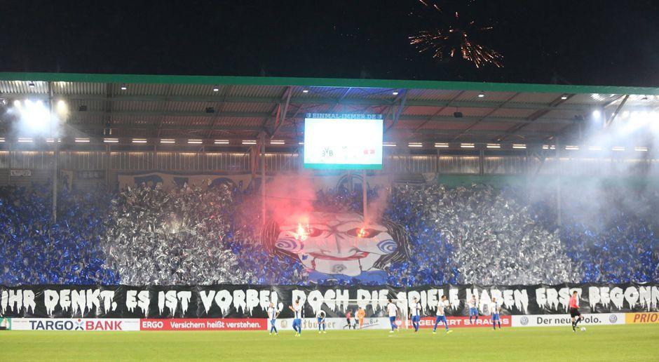 """""""Jigsaw""""-Choreo des FC Magdeburg - Bildquelle: imago/Jan Huebner"""