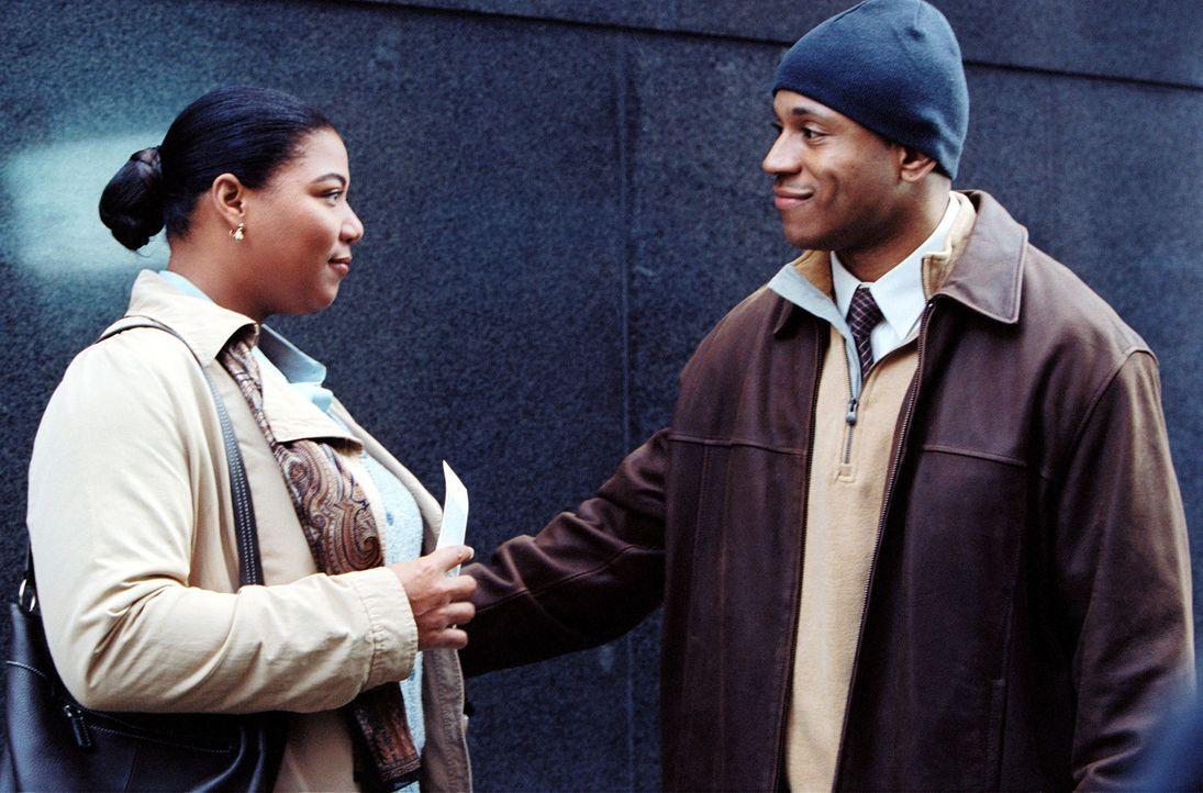 Antonia Byrd (Queen Latifah, l.) wünscht sich nichts sehnlicher, als ein Date mit Sean (LL Cool J, r.) ... - Bildquelle: 2006 by PARAMOUNT PICTURES. All Rights Reserved.