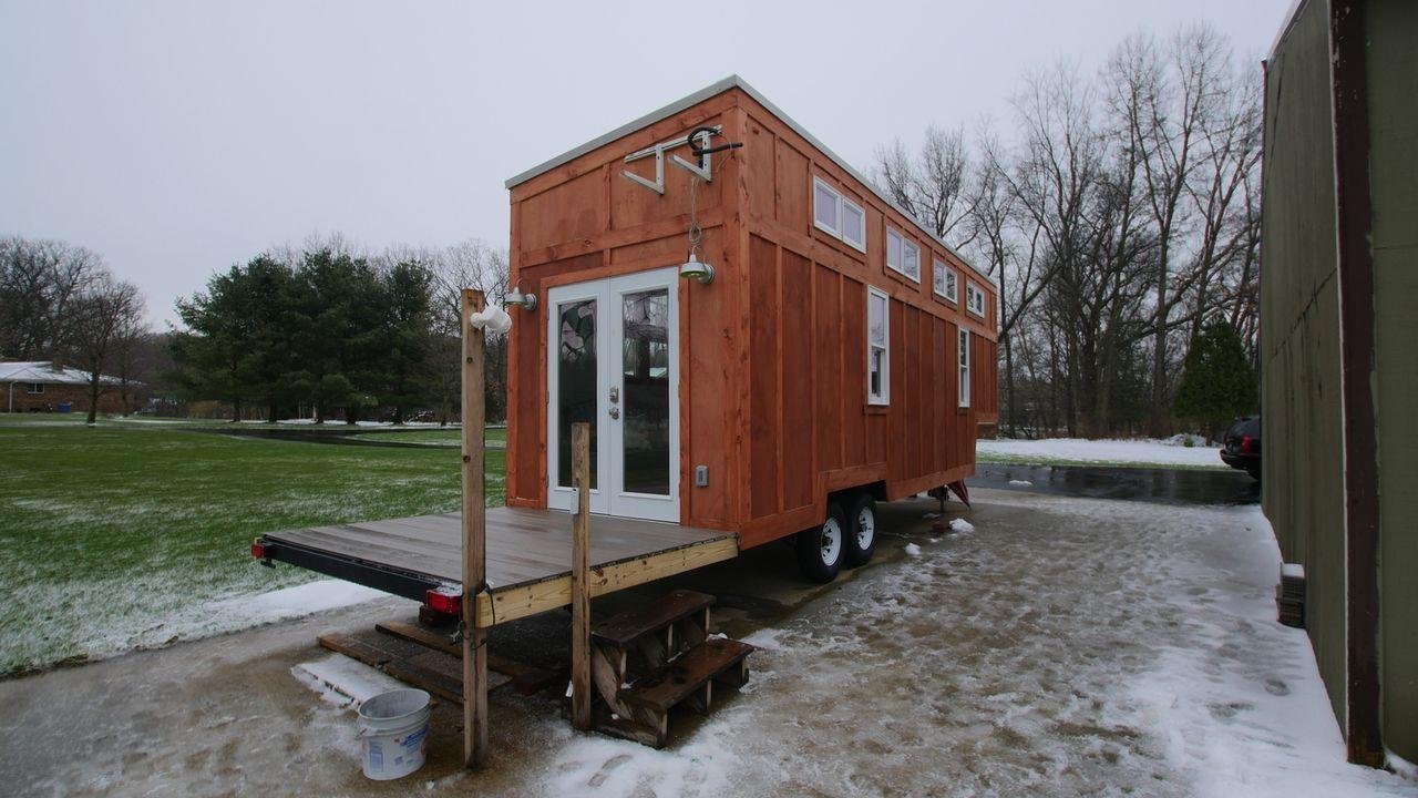 Im Sommer hier und im Winter dort. David und Teresa können jetzt mit ihrem kleinen, beweglichen Haus immer genau dort wohnen, wo es sie gerade hinzi... - Bildquelle: 2016, HGTV/Scripps Networks, LLC. All Rights Reserved.