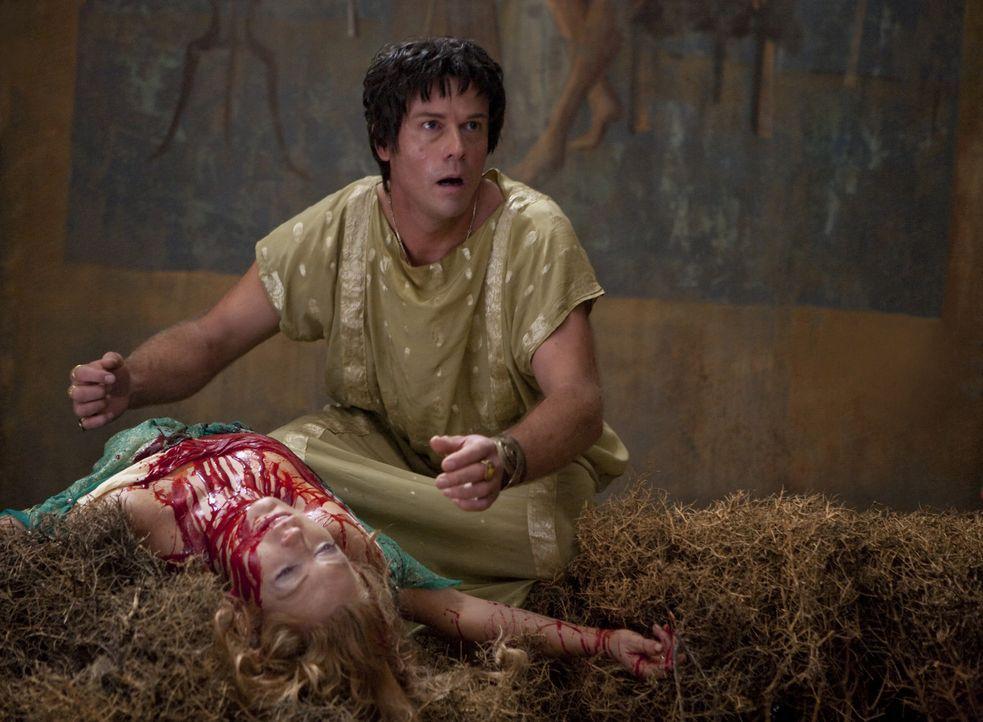 Büßt bitterlich für den Mordanschlag an Batiatus: Ovidus (Matt Chamberlain) ... - Bildquelle: 2010 Starz Entertainment, LLC