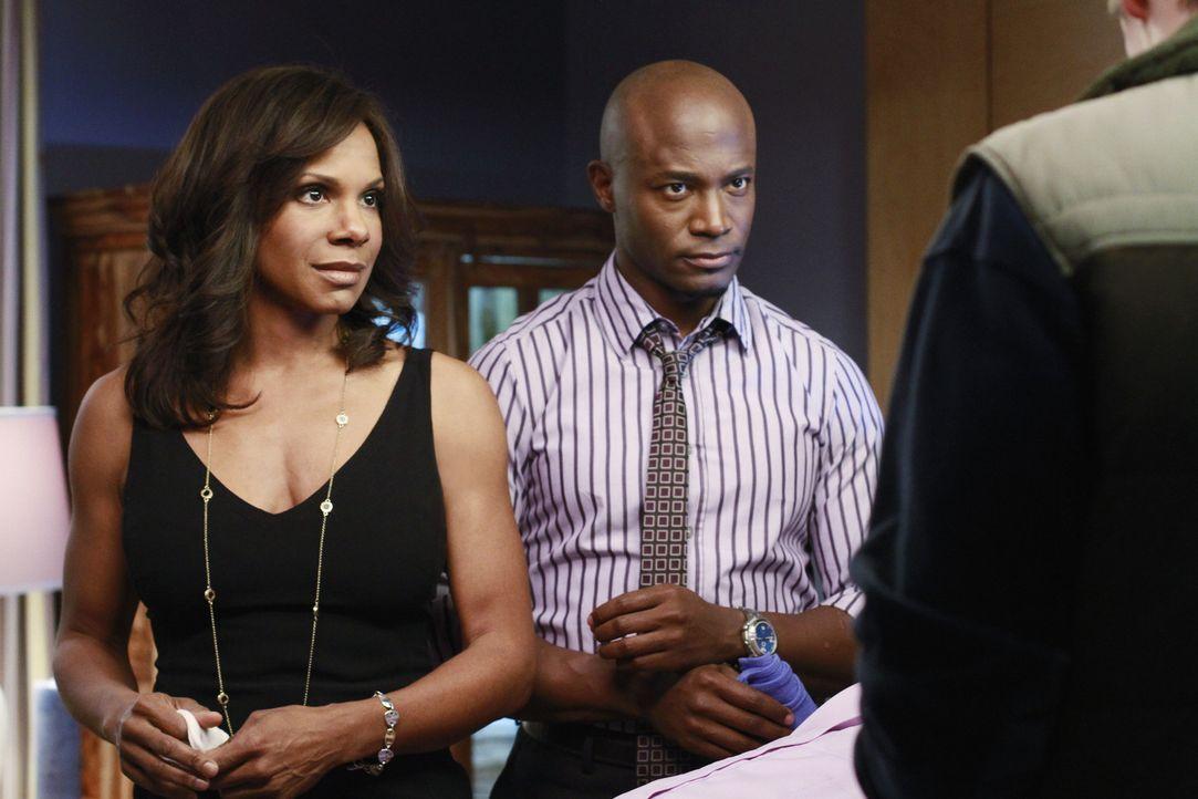 Sheldon hat eine Patientin, die behauptet, unter Persönlichkeitsspaltung zu leiden, während Sam (Taye Diggs, M.) und Naomi (Audra McDonald, l.) ei... - Bildquelle: ABC Studios
