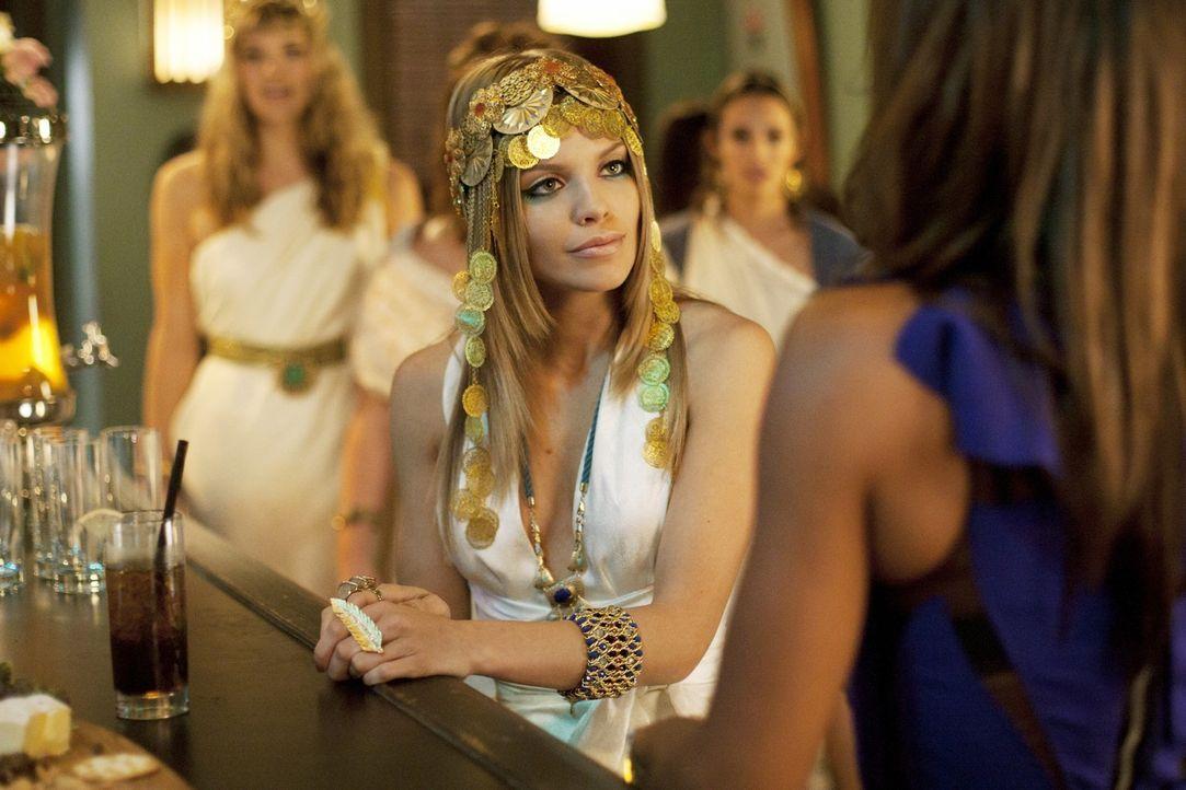 Wenn sich Naomi (AnnaLynne McCord) etwas in den Kopf gesetzt hat, ist sie davon nur schwer abzubringen ... - Bildquelle: TM &   2011 CBS Studios Inc. All Rights Reserved.
