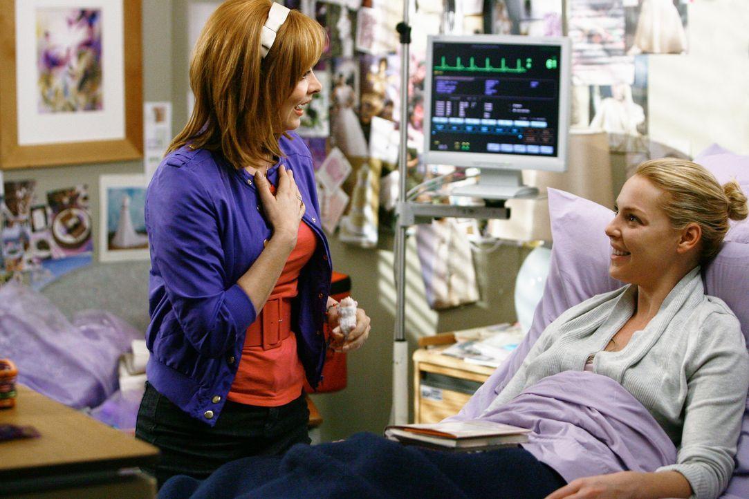 Während der Vorbereitungen für die Hochzeit von Meredith und Derek, müssen einige Ärzte mit dem Besuch ihrer Eltern klarkommen: Auch Izzies (Kat... - Bildquelle: Touchstone Television