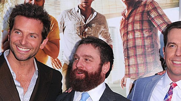 bradley-cooper-zach-galifianakis-ed-helms-11-05-19-getty-AFP