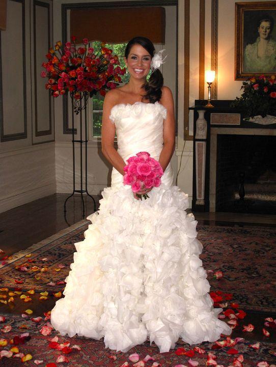 Träumt von einer perfekten Hochzeit und einer unvergesslichen Hochzeitsreise: Aimee ... - Bildquelle: Richard Vagg DCL