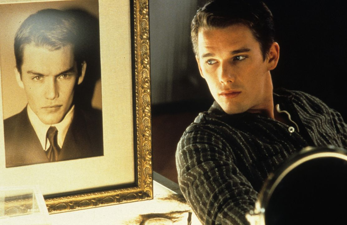 Weil seine Eltern das Geld für eine genetische Aufbereitung nicht aufbringen konnten, fristet Vincent Freeman (Ethan Hawke) sein Dasein in einer Pu... - Bildquelle: Columbia Pictures