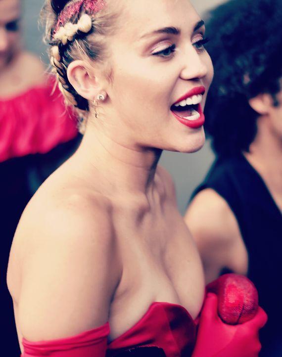 Miley-Cyrus-150616-getty-AFP - Bildquelle: getty-AFP