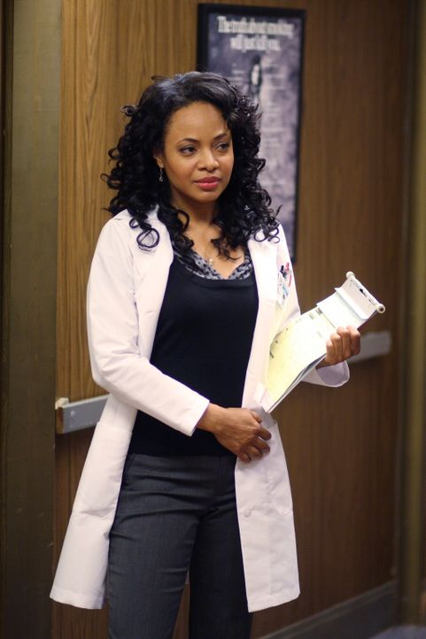 Hat einen stressigen Tag vor sich: Betina (Gina Ravera) ... - Bildquelle: Warner Bros. Television