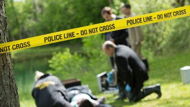 An einem Seeufer in Pontiac, Michigan, wird die Leiche der 32-jährigen Rhonda...