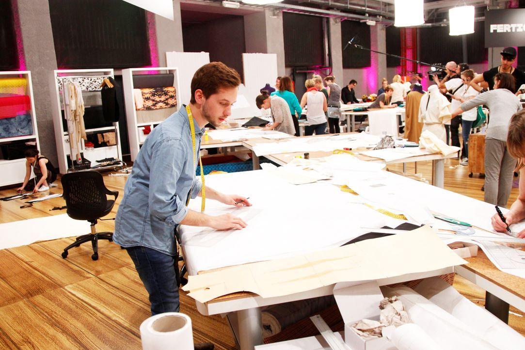 Fashion-Hero-Epi01-Atelier-44-ProSieben-Richard-Huebner - Bildquelle: ProSieben / Richard Huebner