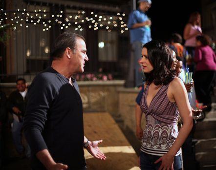 Criminal Minds - Emily Prentiss (Paget Brewster, r.) und Jason Gideon (Mandy...