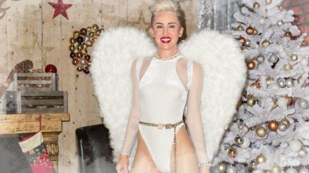 Miley als Weihnachtsengel