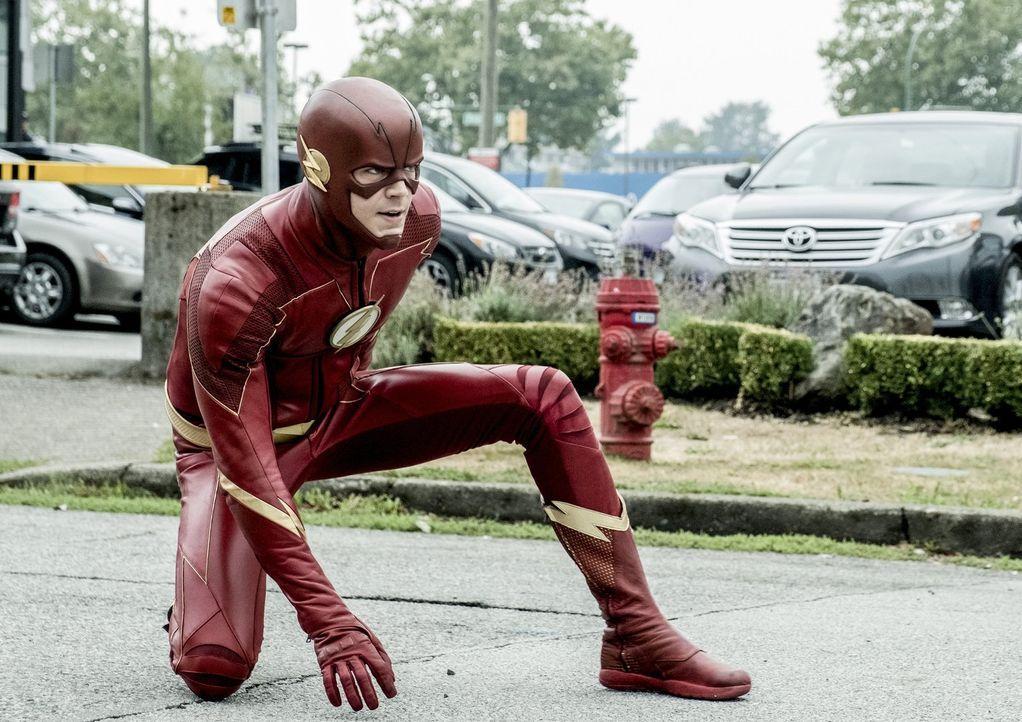 """Während Barry alias The Flash (Grant Gustin) ein weiteres, neues Metawesen aufspürt, rufen Harry einige seiner """"Freunden"""" zu Hilfe, um dem Denker en... - Bildquelle: 2017 Warner Bros."""