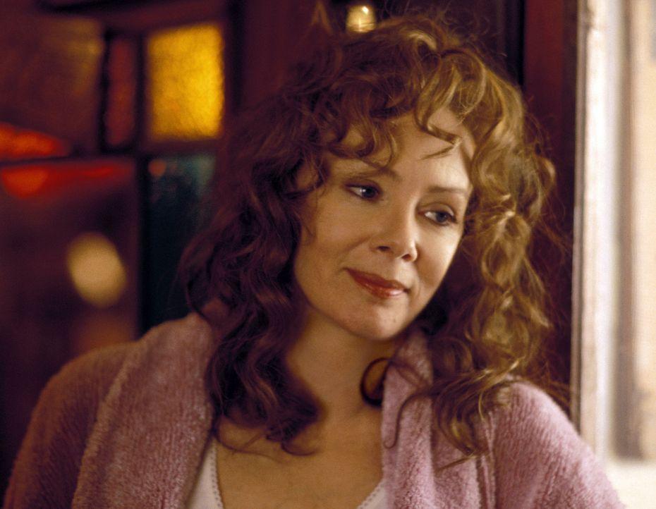 Nach all dem was vorgefallen ist, freut sich Pearl (Mary Kay Place) für ihre Tochter ... - Bildquelle: Touchstone Pictures