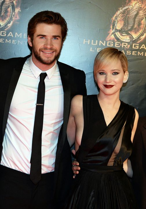 Liam-Hemsworth-Jennifer-Lawrence-Catching-Fire-Premiere-Paris-13-11-15-AFP - Bildquelle: AFP ImageForum