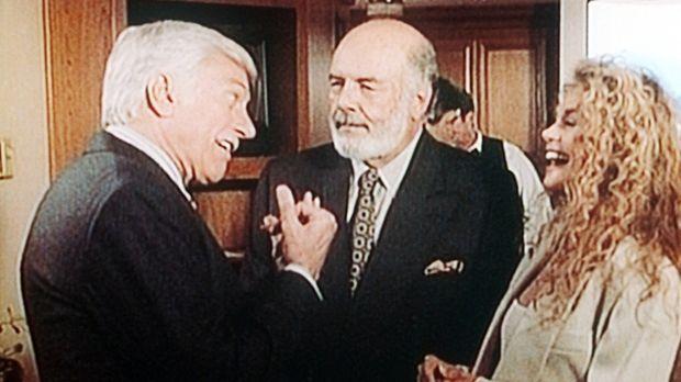 Mark (Dick Van Dyke, l.) auf dem Medizinerkongress mit den Kollegen Elliot Va...