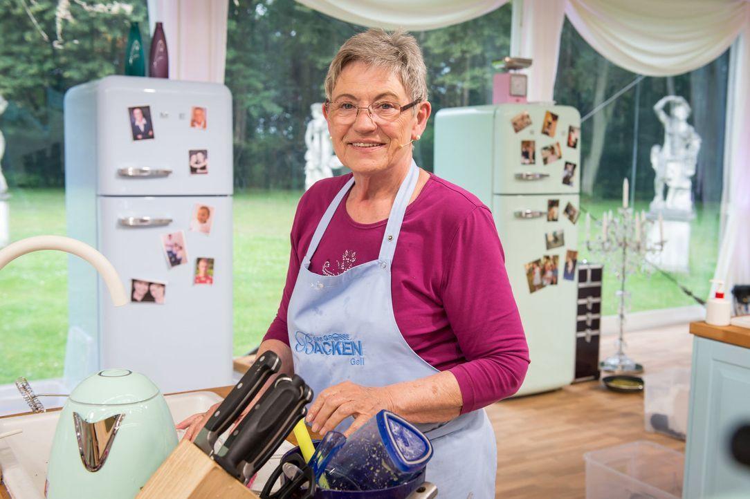 """Ihr Ziel ist es, den Titel """"Deutschlands bester Hobbybäcker"""", ein eigenes Backbuch und 10.000 Euro zu gewinnen. Doch wird sie die Chance nutzen, unt... - Bildquelle: Claudius Pflug SAT.1"""