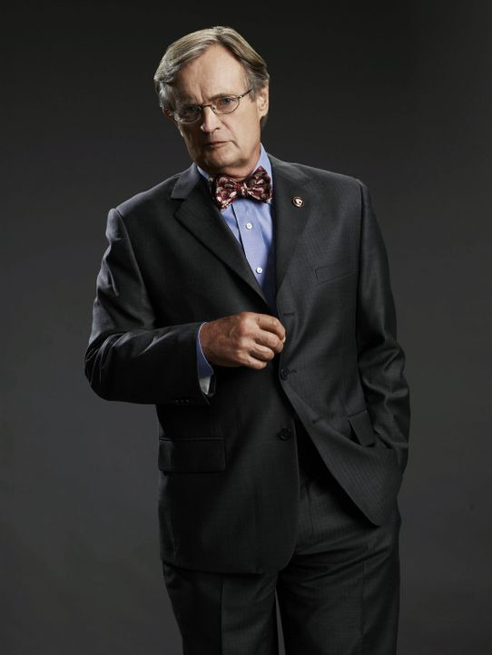(6. Staffel) - Ducky (David McCallum) ist der Medical Examiner des Teams. Er ist liebenswert, eifrig und ein wenig eigensinnig. Er wirkt wie ein fre... - Bildquelle: CBS Television