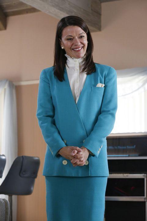 """Freut sich, dass sie im """"Middle Place"""" endlich Gesellschaft hat: Mindy St. Claire (Maribeth Monroe) ... - Bildquelle: Vivian Zink 2016 Universal Television LLC. ALL RIGHTS RESERVED."""