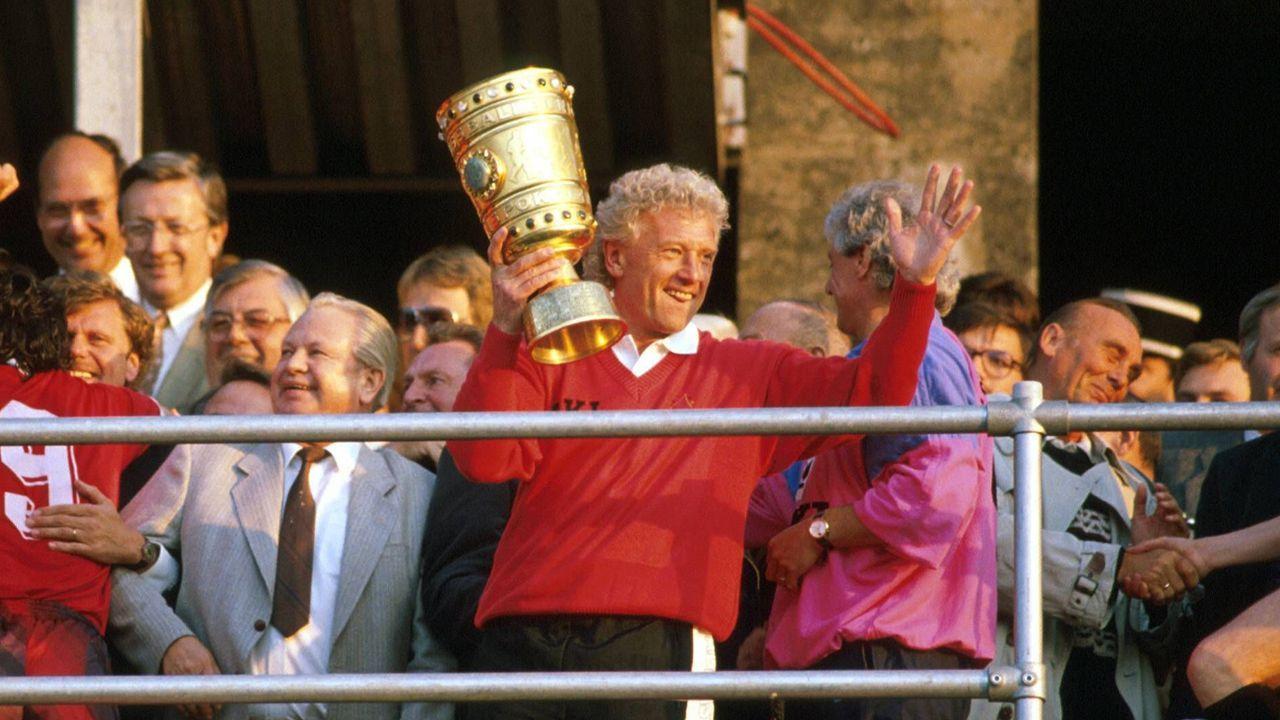 Die meisten Pokalsiege als Trainer: Feldkamp & Co., drei - Bildquelle: Imago