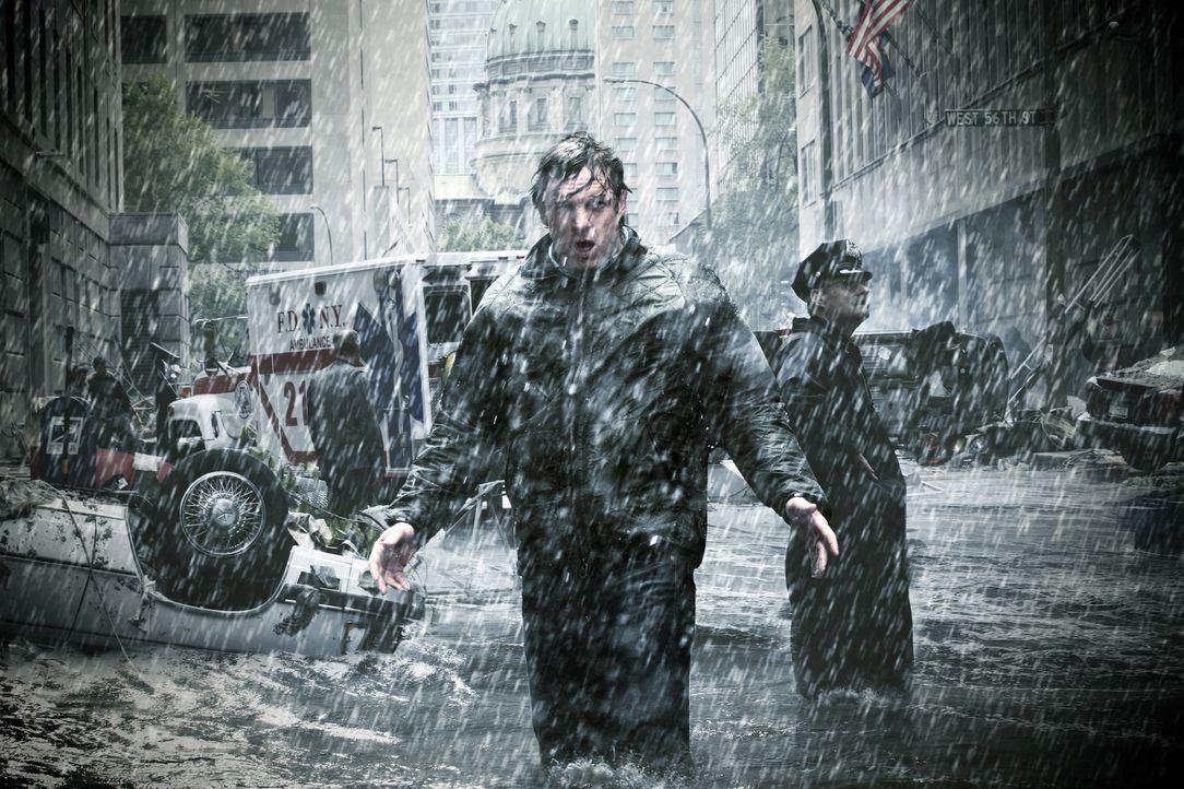 Als Meteorologe ist Dan (Chris Potter) einiges an Naturkatastrophen gewöhnt. Doch eines Tages bedroht ein Jahrhundert-Hurrikan Miami ... - Bildquelle: BBC